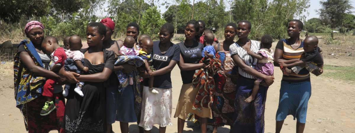 Mothers and babies in Karonga district
