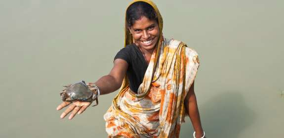 Bangladesh woman crab farmer