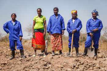 Women taking part in JCP building resilience programme in Eastern Zambia